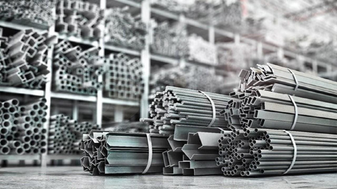 بررسی تاثیر قیمت ارز بر افزایش قیمت آهن آلات